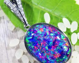 Cute Triplet Opal set in Silver Pendant SU627