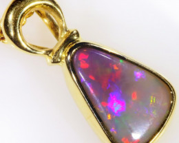 Crystal Opal set in 18k Gold Pendant SB 620