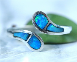 INLAYED OPAL RING SIZE 7.75 18 K WHITE GOLD CK 226