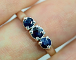 SIZE 7 BLUE AUSTRALIAN SAPPHIRES SET IN SILVER RING [SJ4549]
