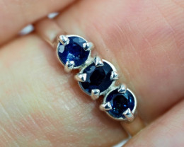 SIZE 8 BLUE AUSTRALIAN SAPPHIRES SET IN SILVER RING [SJ4521]
