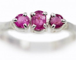 SIZE 9 PINK AUSTRALIAN SAPPHIRES SET IN SILVER RING [SJ4517]