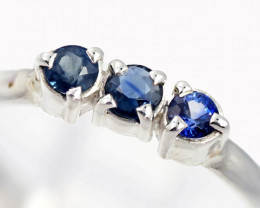 SIZE 9 BLUE AUSTRALIAN SAPPHIRES SET IN SILVER RING [SJ4509]