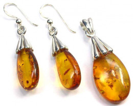 BALTIC AMBER EARRINGS AND PENDANT SILVER 31.50 CTS [SJ1425]