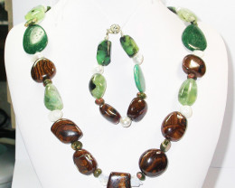 1066.30 CTS CHUNKY BOULDER AND GEMSTONE NECKLACE SJ2012
