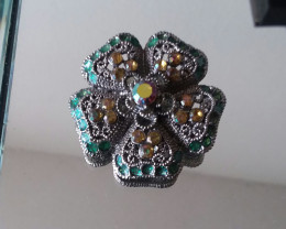FLORAL VINTAGE PIN / BROOCH BEAUTIFUL COLORFUL PIN
