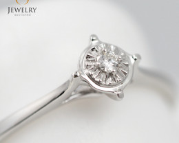 Stylish Modern 18 K White Gold Diamond Ring size 6 R11352