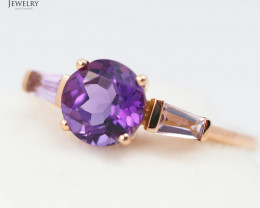 Stylish Modern 18 K Rose Gold Amethyst Ring size 6.75 R11960