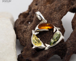 Baltic Amber Pendant Dolphin  Sale, direct from Poland AM 318