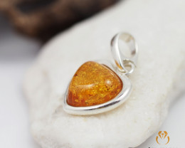 Baltic AmberHeart  Pendant  Sale, direct from Poland AM256