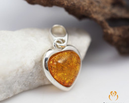 Baltic AmberHeart  Pendant  Sale, direct from  Poland AM 307