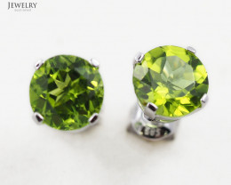 14 K White Gold Peridot Earring - 20 -E4046