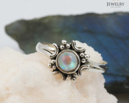 Cute Moonstone Silver ring  size 7 WS 409