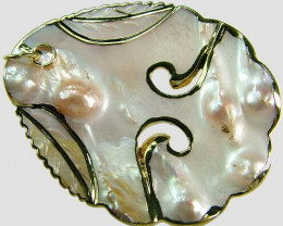 PEARL SHELL PENDANT 70 CTS [MX1661 ]