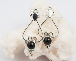 Garnet earrings sheppard hook   AM604