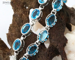 17 Blue Topaz Gemstones White Gold Bracelet - B 161 8050