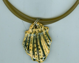 Pendant-A.Gold base colour pattern in Kalahari