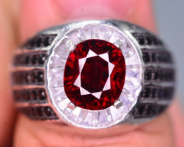 Stylish Modern 3.75 Ct Natural Spessartite Garnet  Ring ~ Silver