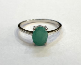 Emerald 925 Sterling silver ring #093