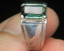 Wow Very Beautiful Hand Made Ring Of Green Tourmaline In 925 Silver.