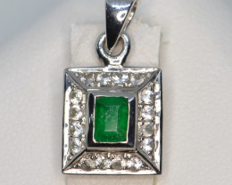 Natural Emerald, Sapphire and Silver Pendant