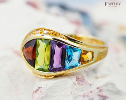 14 K Yellow Gold Cluster Gemstone Ring size 7.25 - R 6390 6950