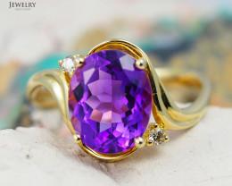 14 K Yellow Gold Amethyst & Diamond Ring size 6.25 - R 10859 3400