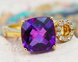 14 K Yellow Gold Amethyst & Diamond Ring size 7.5 - R 9911 5100