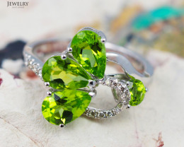 14 K White Gold Peridot & Diamond Ring size 7 - R 9767 6000