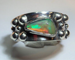 8 SZ BRILLIANT WELO OPAL STERLING RING