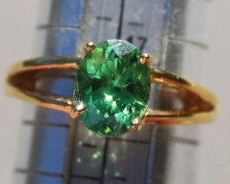 Tsavorite 1.89ct 18K Solid Gold Ring, AIGL Certified and Appraised