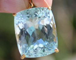 Brazilian Aquamarine 33.30ct 18K Solid Gold Pendant, Certified and Appraise