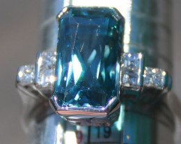 Blue Zircon 10.58ct Diamonds 18K Solid Gold Ring, Certified and Appraised,