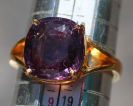 Pinkish Purple Spinel 6.15ct 22K Solid Gold Ring, Certified and Appraised b