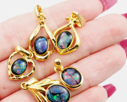 Six  Bright  natural Opal pendants  OPJ 1040