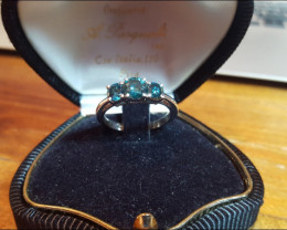 Wonderful 18 kt solid white gold Ring with Natural  Diamonds Size 8