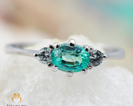 EMERALD AUSTRALIA 18K White Gold & Diamonds Ring - REVV