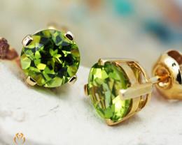 14 K Yellow Gold Peridot Earrings 30 - D E4046 1350