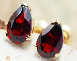14 K Yellow Gold Garnet Earrings 46 - D E5785A 1150