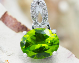 14K White Gold Peridot & Diamond Pendant - 54 - D P9121 4000