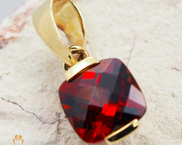 14K Yellow Gold Garnet Pendant - 62 - D P3240 600