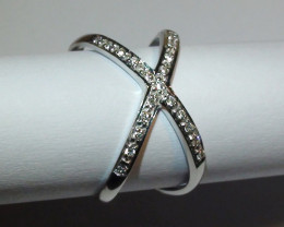 Modern 14 k Solid White Gold Genuine Diamond Ring