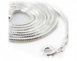 18 Inch, 45 cm 1.0 x 1.1 mm Long  Snake  Silver chain . AM 931