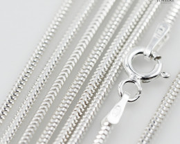 18 Inch, 45 cm 1.0 x 1.1 mm Long  Snake  Silver chain . AM 934