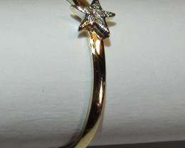 Modern 14 k Solid Yellow Gold Diamond Ring