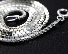 18 Inch, 45 cm1.3 x 1.2   mm Long Box  Silver chain . AM 990