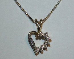 Stunning 14 k Solid Yellow Gold Heart Genuine Diamond Pendant