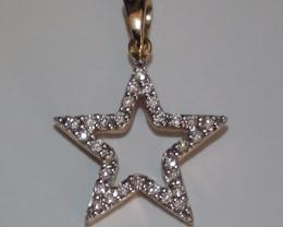 Stunning 14 k Solid Yellow Gold Star Genuine Diamond Pendant