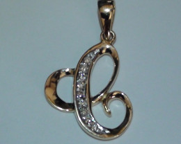 Stunning 14 k Solid Yellow Gold Genuine Diamond Pendant