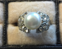 Natural fresh water Pearl Ring  AM 1082